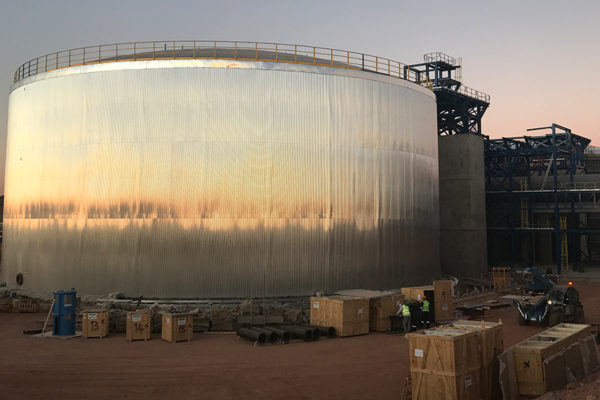 Completion of the design, manufacture and assembly of the salts and water tanks in the ILANGA's thermo-solar plant (South Africa)