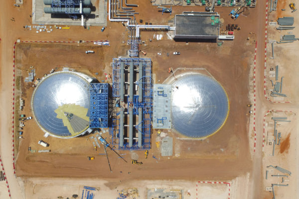 Completion of the design, manufacture and assembly of the salts and water tanks in the KATHU's thermo-solar plant (South Africa)