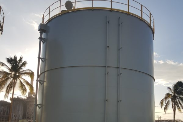 Entrega de 3 tanques de fuel oil en la Planta de ciclo combinado de Clarendon (Jamalco-Jamaica)